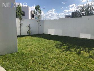 NEX-33547 - Casa en Venta, con 4 recamaras, con 4 baños, con 1 medio baño, con 221 m2 de construcción en Residencial el Refugio, CP 76146, Querétaro.