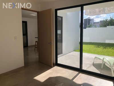 Casa en Venta en Residencial el Refugio, Querétaro, Querétaro | NEX-33547 | Neximo | Foto 3 de 5
