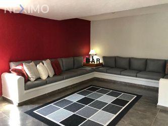 NEX-34286 - Casa en Renta, con 3 recamaras, con 4 baños, con 1 medio baño, con 319 m2 de construcción en Villas del Mesón, CP 76226, Querétaro.