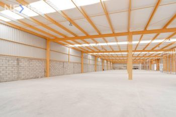 NEX-41881 - Bodega en Venta, con 1 medio baño, con 177 m2 de construcción en Las Adjuntas de Magdalenas, CP 36240, Guanajuato.