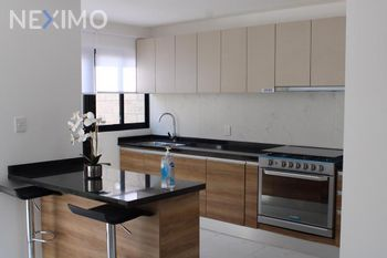 NEX-44685 - Casa en Venta, con 3 recamaras, con 2 baños, con 1 medio baño, con 121 m2 de construcción en Zákia, CP 76269, Querétaro.