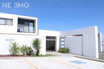 NEX-47468 - Casa en Venta, con 3 recamaras, con 2 baños, con 1 medio baño, con 149 m2 de construcción en Zibatá, CP 76269, Querétaro.