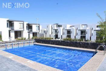 NEX-48107 - Casa en Venta, con 3 recamaras, con 2 baños, con 5 medio baños, con 205 m2 de construcción en Zibatá, CP 76269, Querétaro.
