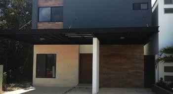 NEX-33698 - Casa en Venta en Residencial Cumbres, CP 77560, Quintana Roo, con 4 recamaras, con 5 baños, con 285 m2 de construcción.
