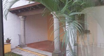 NEX-33668 - Casa en Renta en Acapatzingo, CP 62493, Morelos, con 3 recamaras, con 3 baños, con 1 medio baño, con 250 m2 de construcción.
