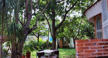 NEX-33773 - Casa en Venta en Cancún Centro, CP 77500, Quintana Roo, con 5 recamaras, con 6 baños, con 2 medio baños, con 450 m2 de construcción.