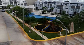 NEX-34145 - Casa en Venta en Colegios, CP 77560, Quintana Roo, con 4 recamaras, con 3 baños, con 1 medio baño, con 240 m2 de construcción.