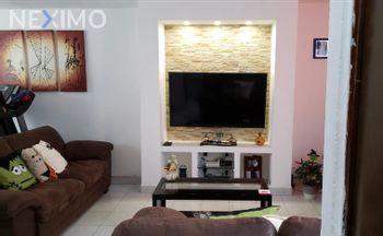 NEX-34858 - Departamento en Venta, con 3 recamaras, con 2 baños, con 69 m2 de construcción en Valle de Anáhuac Sección A, CP 55210, México.