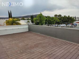 NEX-49503 - Casa en Venta, con 3 recamaras, con 3 baños, con 1 medio baño, con 483 m2 de construcción en Juriquilla, CP 76226, Querétaro.