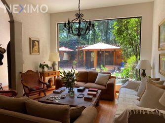 NEX-41816 - Casa en Venta, con 4 recamaras, con 4 baños, con 1 medio baño, con 312 m2 de construcción en Balcones de la Herradura, CP 52785, México.