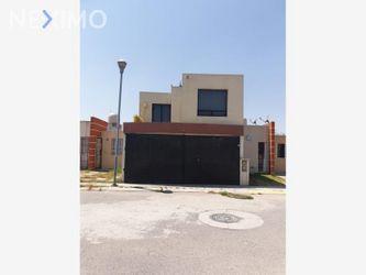 NEX-38317 - Casa en Venta, con 3 recamaras, con 1 baño, con 1 medio baño, con 150 m2 de construcción en Villa Magna, CP 43806, Hidalgo.