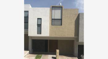 NEX-11173 - Casa en Renta en Zibatá, CP 76269, Querétaro, con 3 recamaras, con 2 baños, con 1 medio baño, con 218 m2 de construcción.