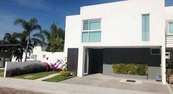 NEX-13486 - Casa en Venta en Cañadas del Lago, CP 76922, Querétaro, con 3 recamaras, con 3 baños, con 1 medio baño, con 270 m2 de construcción.