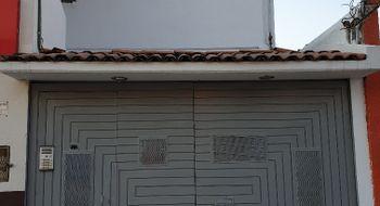 NEX-19328 - Local en Renta en Quintas del Marqués, CP 76047, Querétaro, con 1 recamara, con 1 medio baño, con 23 m2 de construcción.