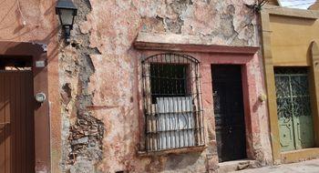 NEX-8166 - Casa en Venta en Centro, CP 76000, Querétaro, con 2 recamaras, con 1 baño, con 50 m2 de construcción.