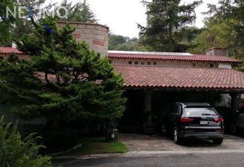 NEX-47480 - Casa en Venta, con 3 recamaras, con 5 baños, con 1 medio baño, con 747 m2 de construcción en San Bartolo Ameyalco, CP 01800, Ciudad de México.
