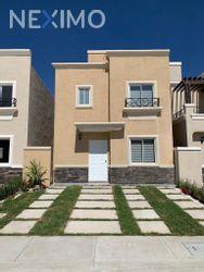 NEX-38470 - Casa en Venta, con 3 recamaras, con 1 baño, con 1 medio baño, con 71 m2 de construcción en Los Viñedos, CP 43845, Hidalgo.