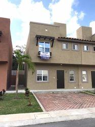NEX-40690 - Casa en Renta en Catania Residencial, CP 77536, Quintana Roo, con 3 recamaras, con 2 baños, con 120 m2 de construcción.