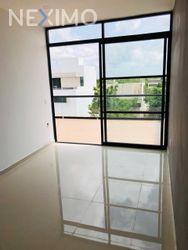 NEX-46897 - Casa en Venta, con 3 recamaras, con 3 baños, con 1 medio baño, con 200 m2 de construcción en Arbolada, CP 77533, Quintana Roo.