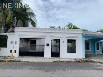 NEX-47847 - Casa en Renta, con 2 recamaras, con 1 baño, con 90 m2 de construcción en Supermanzana 500, CP 77533, Quintana Roo.