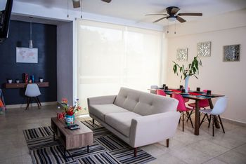NEX-38234 - Departamento en Renta en México, CP 77539, Quintana Roo, con 2 recamaras, con 2 baños, con 90 m2 de construcción.