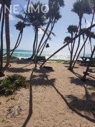 NEX-42016 - Terreno en Venta en Puerto Morelos, CP 77580, Quintana Roo, con 10972 m2 de construcción.