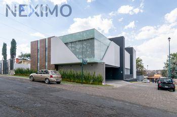 NEX-39381 - Casa en Venta, con 5 recamaras, con 7 baños, con 3 medio baños, con 700 m2 de construcción en Condado de Sayavedra, CP 52938, México.