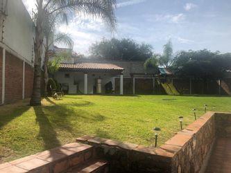 NEX-39674 - Casa en Venta en Juriquilla, CP 76226, Querétaro, con 3 recamaras, con 4 baños, con 1 medio baño, con 420 m2 de construcción.