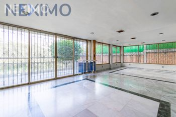 NEX-38220 - Casa en Venta, con 5 recamaras, con 5 baños, con 2 medio baños, con 630 m2 de construcción en Lomas de Lindavista El Copal, CP 54198, México.