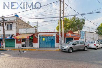 NEX-39146 - Terreno en Venta en Santa Cecilia Acatitlán, CP 54130, México, con 868 m2 de construcción.