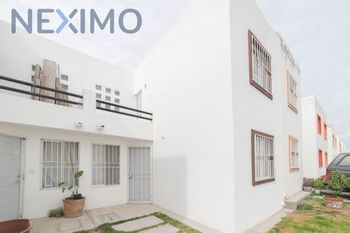 NEX-39000 - Casa en Venta en Los Huertos, CP 76147, Querétaro, con 2 recamaras, con 2 baños, con 65 m2 de construcción.