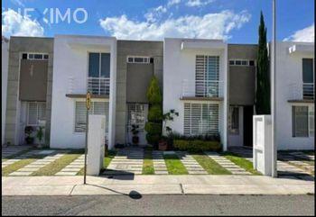 NEX-47151 - Casa en Venta, con 3 recamaras, con 2 baños, con 1 medio baño, con 114 m2 de construcción en El Mirador, CP 76246, Querétaro.