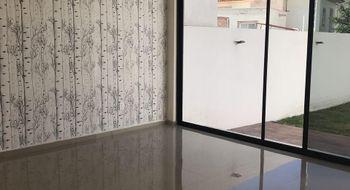 NEX-623 - Casa en Renta en Juriquilla, CP 76226, Querétaro, con 4 recamaras, con 3 baños, con 249 m2 de construcción.