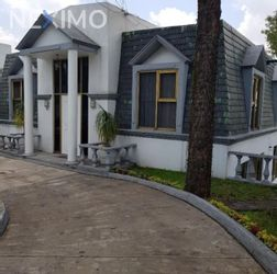 NEX-45722 - Casa en Renta, con 3 recamaras, con 2 baños, con 1 medio baño, con 350 m2 de construcción en Lomas del Huizachal, CP 53840, México.