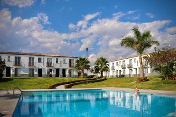 NEX-39400 - Casa en Venta en Colinas de Santa Fe, CP 62790, Morelos, con 3 recamaras, con 3 baños, con 100 m2 de construcción.