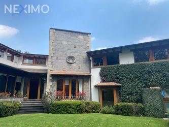 NEX-39614 - Casa en Venta, con 4 recamaras, con 5 baños, con 1 medio baño, con 524 m2 de construcción en San Bartolo Ameyalco, CP 01800, Ciudad de México.