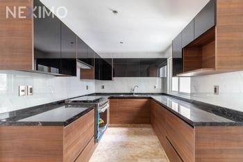 NEX-39854 - Departamento en Venta, con 3 recamaras, con 3 baños, con 1 medio baño, con 203 m2 de construcción en Lomas de Chapultepec I Sección, CP 11000, Ciudad de México.