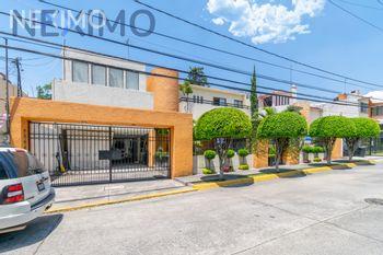 NEX-43024 - Casa en Venta, con 4 recamaras, con 6 baños, con 380 m2 de construcción en Lomas de La Hacienda, CP 52925, México.