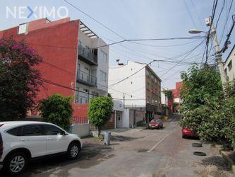 NEX-46740 - Terreno en Venta, con 216 m2 de construcción en Bosques de las Lomas, CP 05120, Ciudad de México.