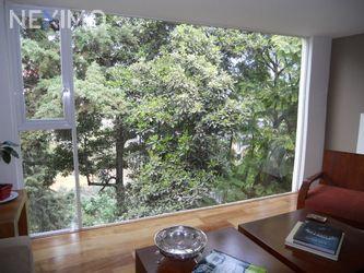 NEX-47282 - Casa en Venta, con 3 recamaras, con 3 baños, con 1 medio baño, con 376 m2 de construcción en Lomas de Tecamachalco, CP 53950, México.
