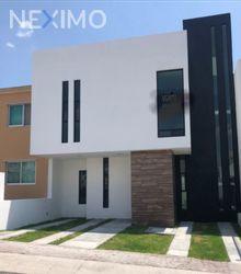 NEX-28449 - Casa en Venta, con 4 recamaras, con 3 baños, con 190 m2 de construcción en El Mirador, CP 76134, Querétaro.