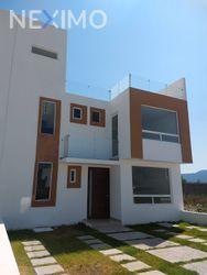NEX-31184 - Casa en Venta, con 3 recamaras, con 2 baños, con 1 medio baño, con 150 m2 de construcción en Arroyo Hondo, CP 76922, Querétaro.