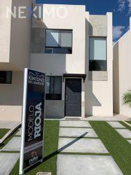 NEX-33778 - Casa en Venta, con 2 recamaras, con 1 baño, con 1 medio baño, con 70 m2 de construcción en Rincones del Marques, CP 76246, Querétaro.