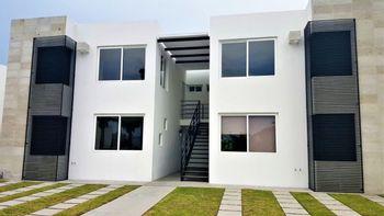 NEX-39070 - Departamento en Renta en Paseos del Bosque, CP 76910, Querétaro, con 2 recamaras, con 2 baños, con 82 m2 de construcción.
