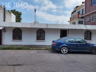 NEX-54304 - Casa en Renta, con 2 recamaras, con 2 baños, con 100 m2 de construcción en Boca del Río Centro, CP 94290, Veracruz de Ignacio de la Llave.