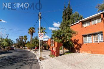 NEX-42510 - Departamento en Renta, con 2 recamaras, con 1 baño, con 93 m2 de construcción en Villas del Parque, CP 76140, Querétaro.