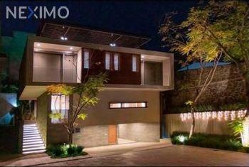 NEX-49120 - Casa en Venta, con 3 recamaras, con 3 baños, con 2 medio baños, con 420 m2 de construcción en San Jerónimo Lídice, CP 10200, Ciudad de México.