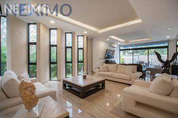 NEX-43375 - Casa en Venta, con 5 recamaras, con 6 baños, con 2 medio baños, con 550 m2 de construcción en Chablekal, CP 97302, Yucatán.