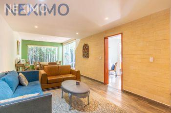 NEX-47858 - Casa en Renta, con 5 recamaras, con 4 baños, con 1 medio baño, con 360 m2 de construcción en Condesa, CP 06140, Ciudad de México.