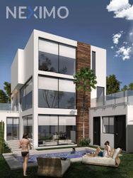NEX-43153 - Casa en Venta, con 4 recamaras, con 5 baños, con 210 m2 de construcción en Lomas de Angelópolis, CP 72830, Puebla.